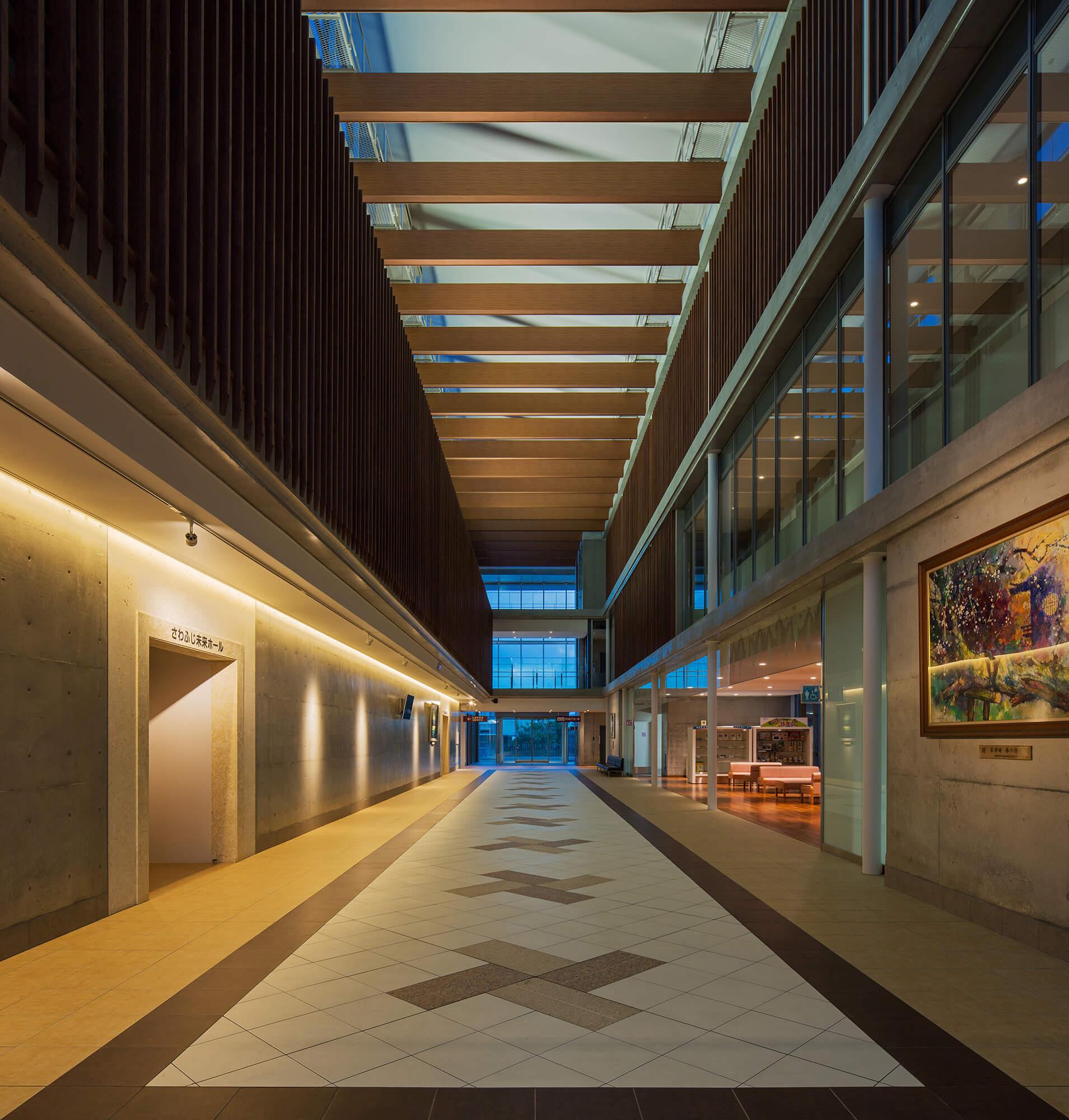 『西原町庁舎等複合施設』-沖縄県西原町-建築写真・竣工写真・インテリア写真4