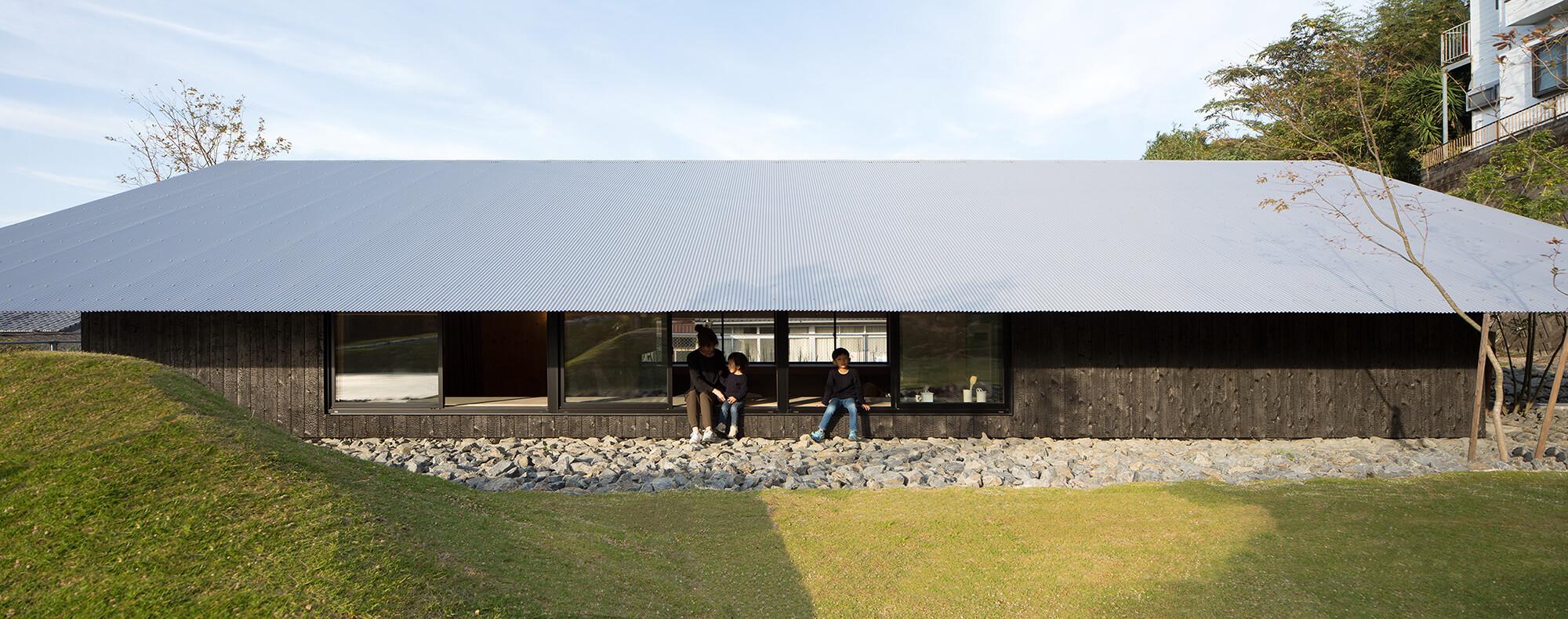 『大屋根の棲家』-長崎県佐世保市-建築写真・竣工写真・インテリア写真4