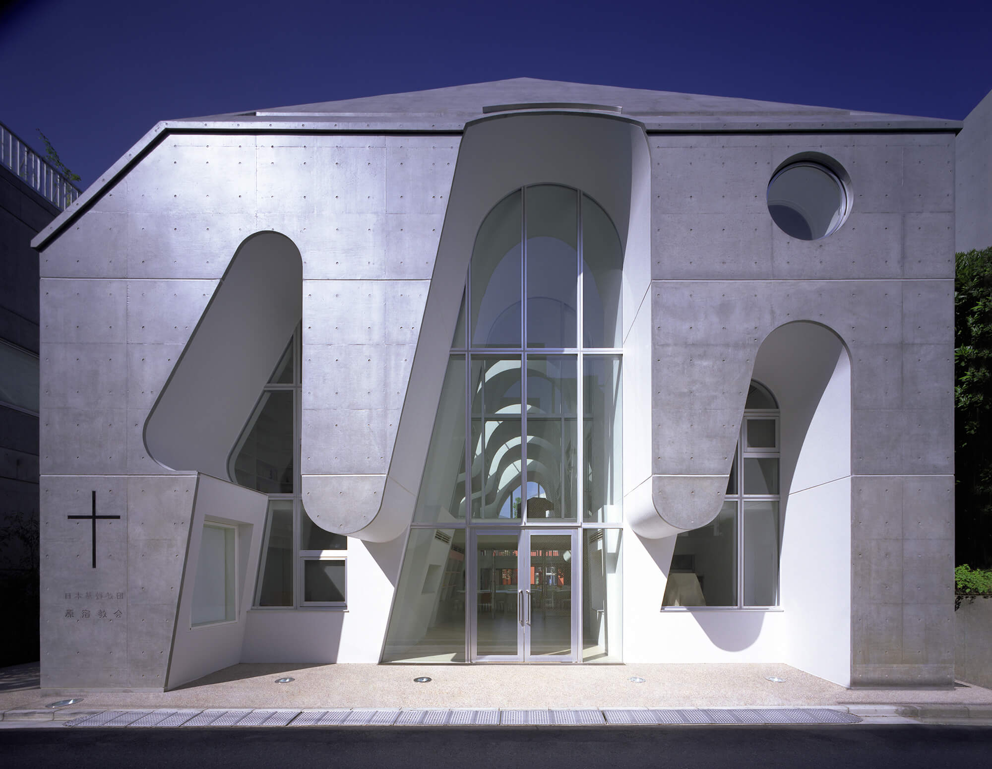 『原宿教会』-東京都-建築写真・竣工写真・インテリア写真1