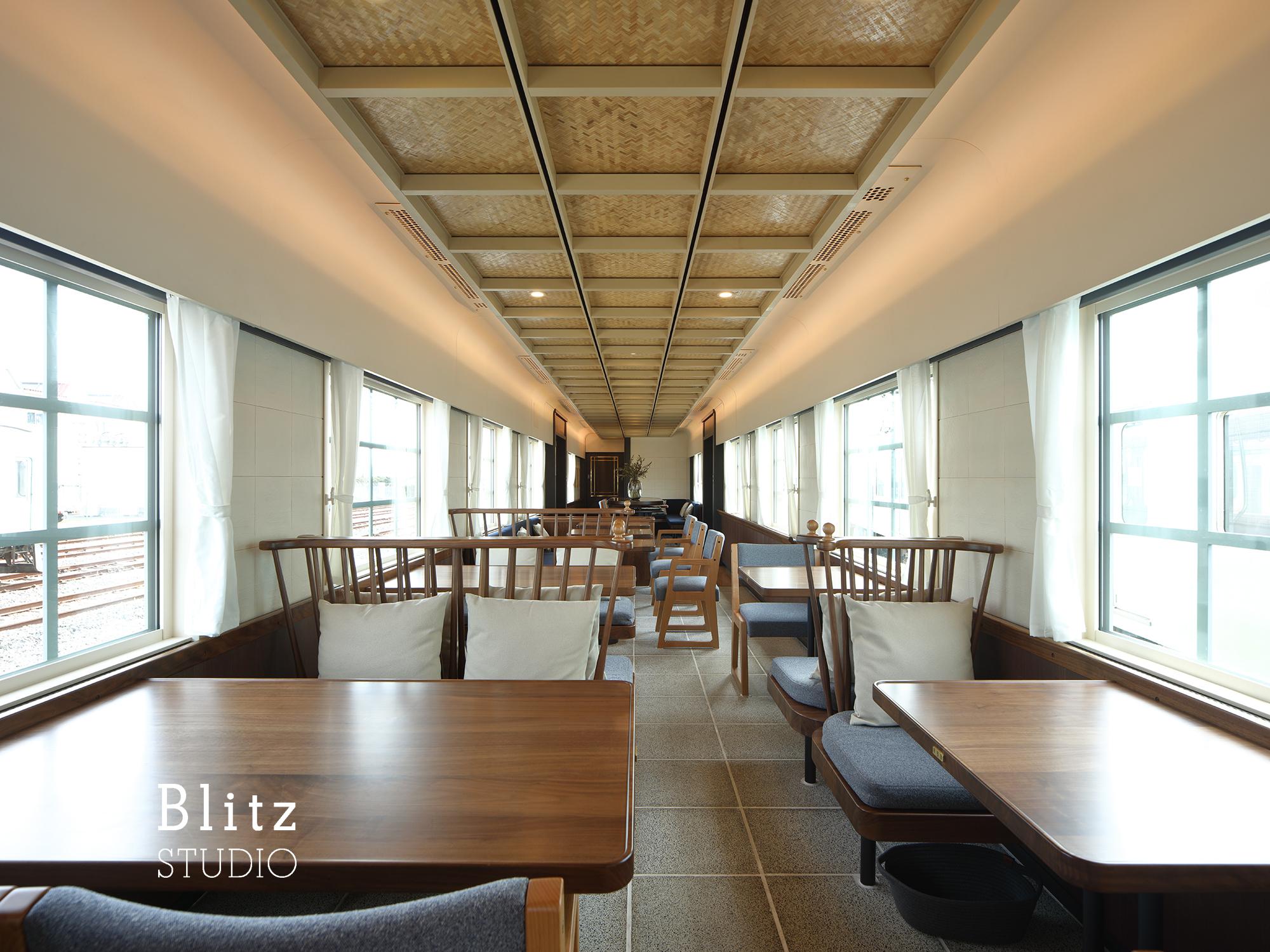 『THE RAIL KITCHEN CHIKUGO』-福岡県福岡市-建築写真・竣工写真・インテリア写真1