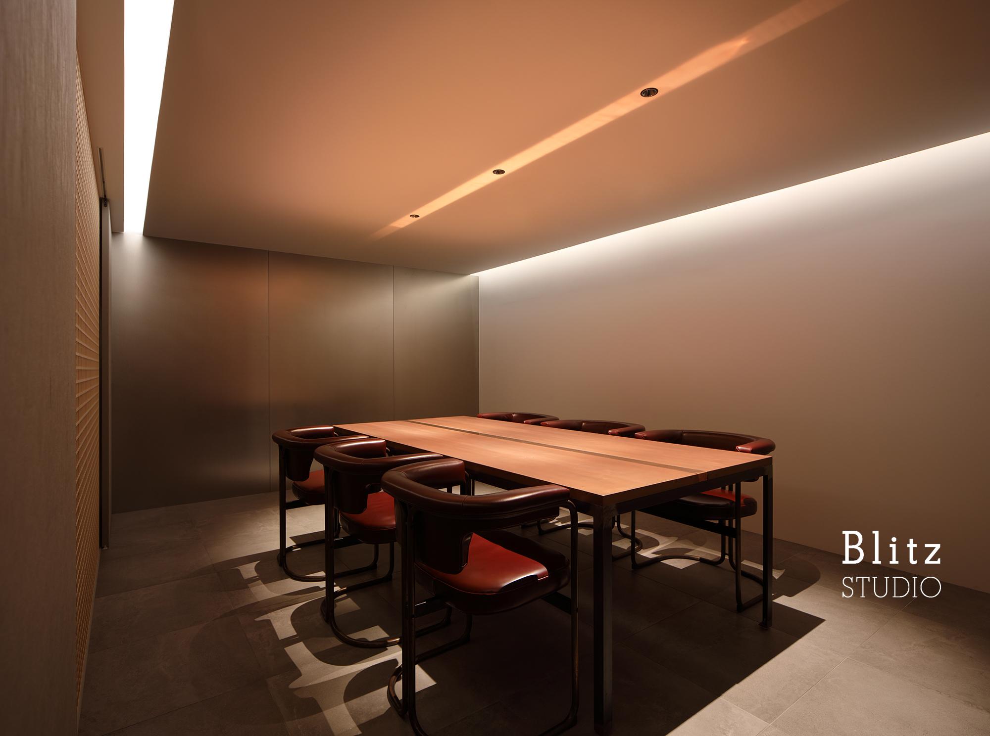 『アーキタンツ福岡一級建築士事務所 オフィス』-福岡県福岡市-建築写真・竣工写真・インテリア写真3