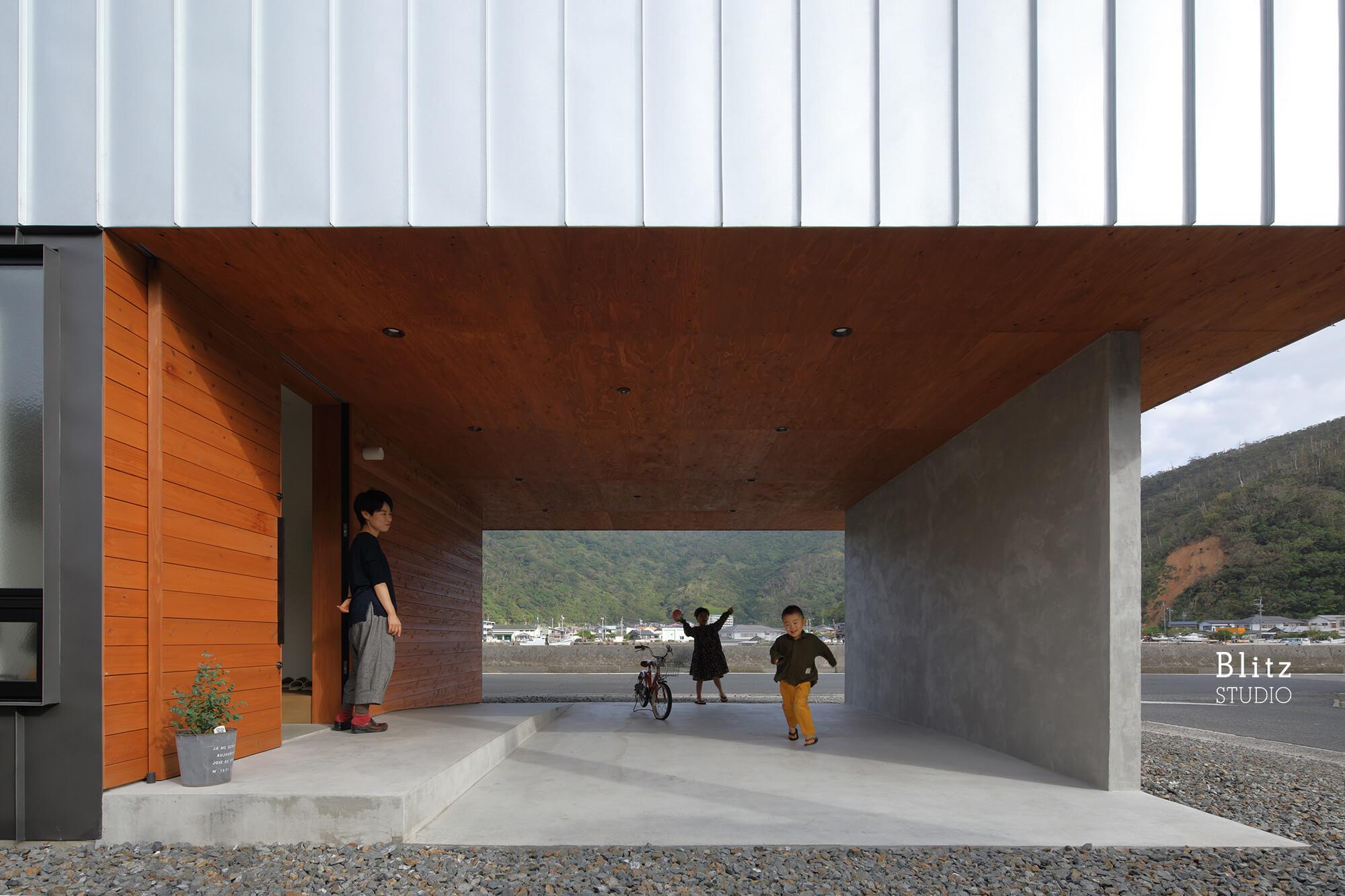 『名瀬鳩浜の家』-鹿児島県奄美大島-建築写真・竣工写真・インテリア写真3