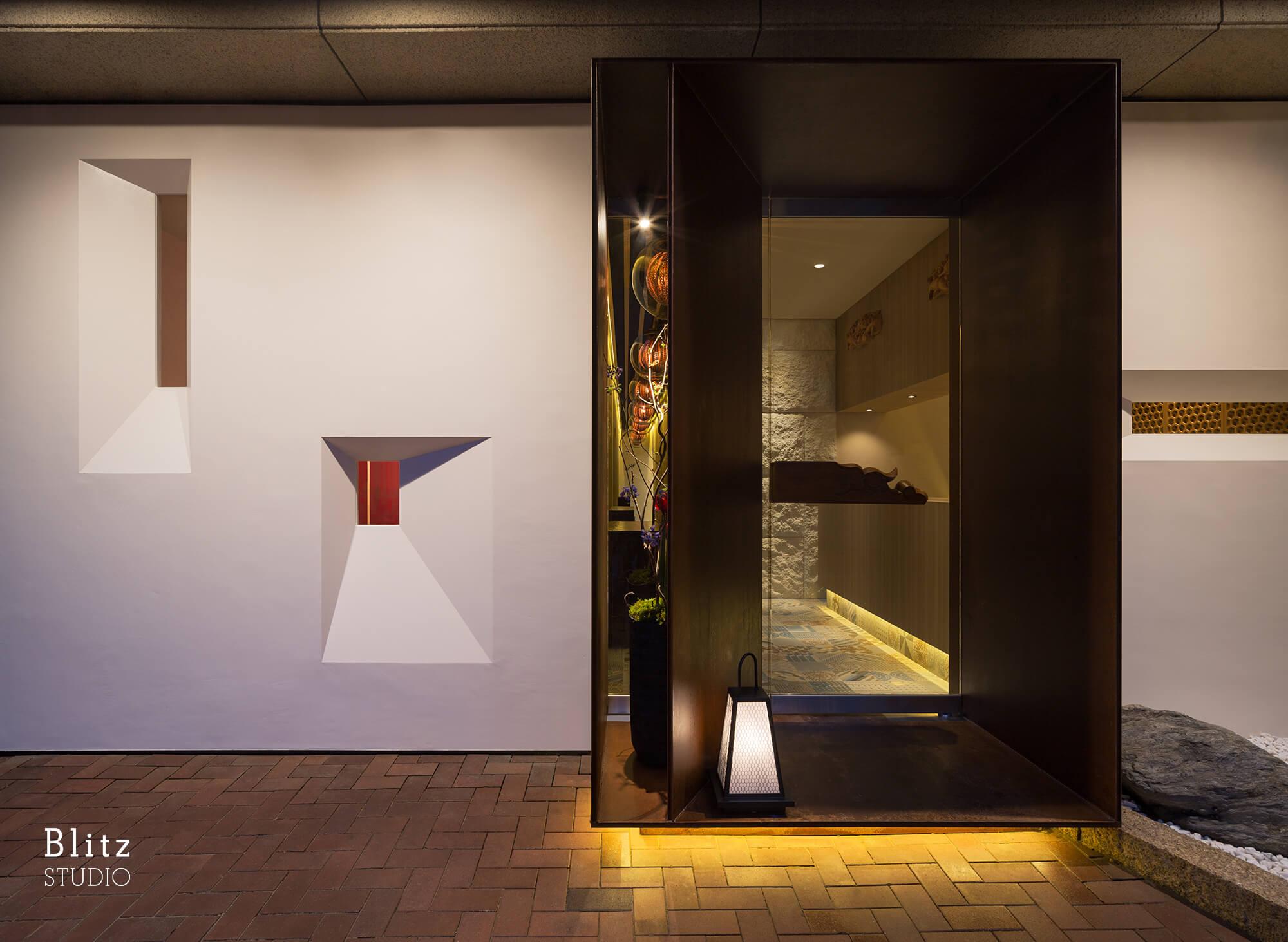 『Dining Bar Mond 2nd / 主水』-福岡県福岡市-建築写真・竣工写真・インテリア写真1