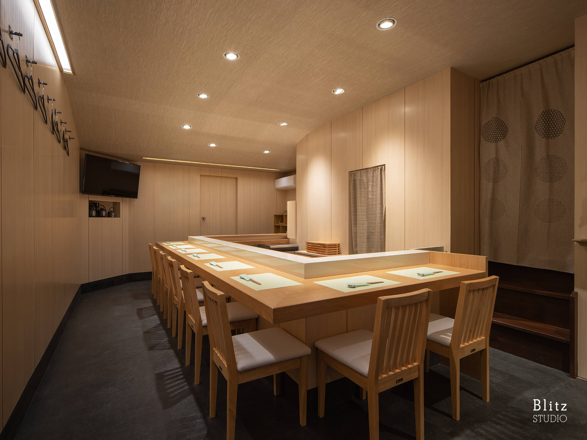 『魚徳・寿し処なかむら』-福岡県福岡市-建築写真・竣工写真・インテリア写真4