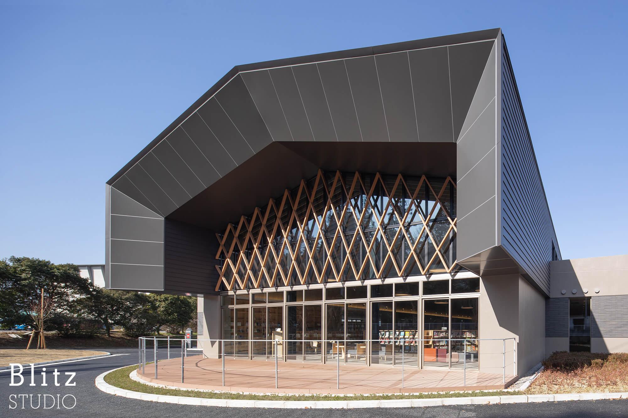 『豊後大野市立図書館』-大分県豊後大野市-建築写真・竣工写真・インテリア写真1