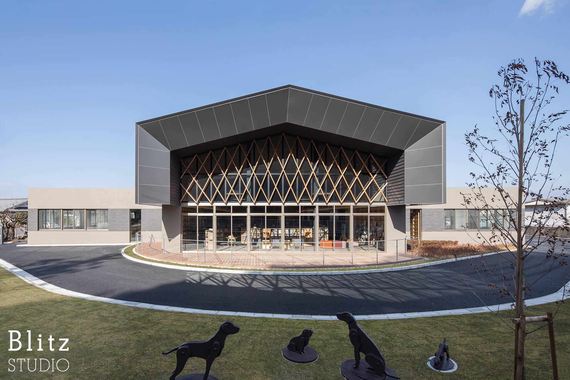 『豊後大野市立図書館』-大分県豊後大野市-建築写真・竣工写真・インテリア写真2